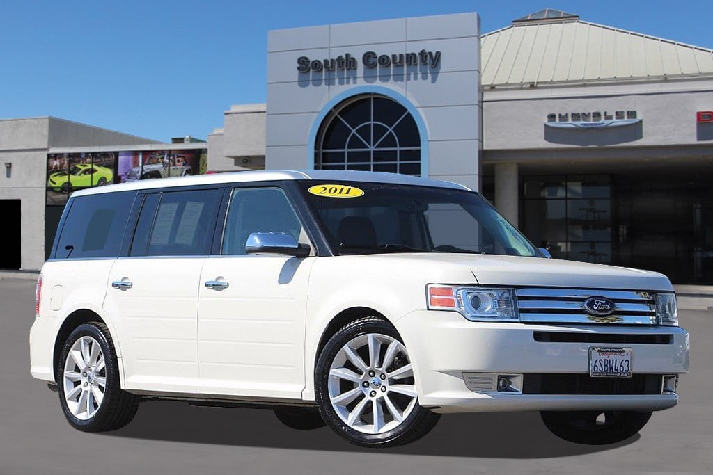 Photo Used 2011 Ford Flex Limited SUV For Sale Near San Jose, CA