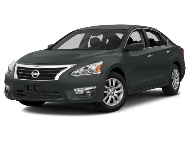Photo Used 2015 Nissan Altima S SERIES AND AMAZING VEHICLE INSIDE AND OUT in Ardmore, OK