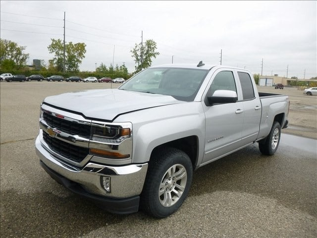 Photo Used 2016 Chevrolet Silverado 1500 LT For Sale in Monroe OH