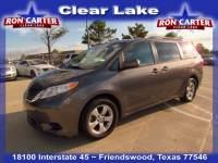 2017 Toyota Sienna LE 7 Passenger Auto Access Seat Van near Houston