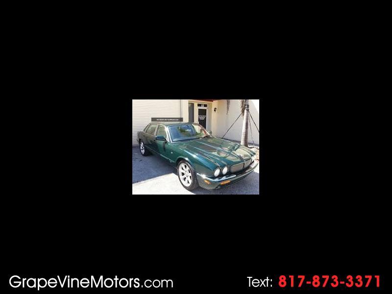 Photo 2001 Jaguar XJ-Series Vanden Plas