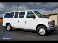 2009 Ford Econoline Wagon E-350 Super Duty XLT