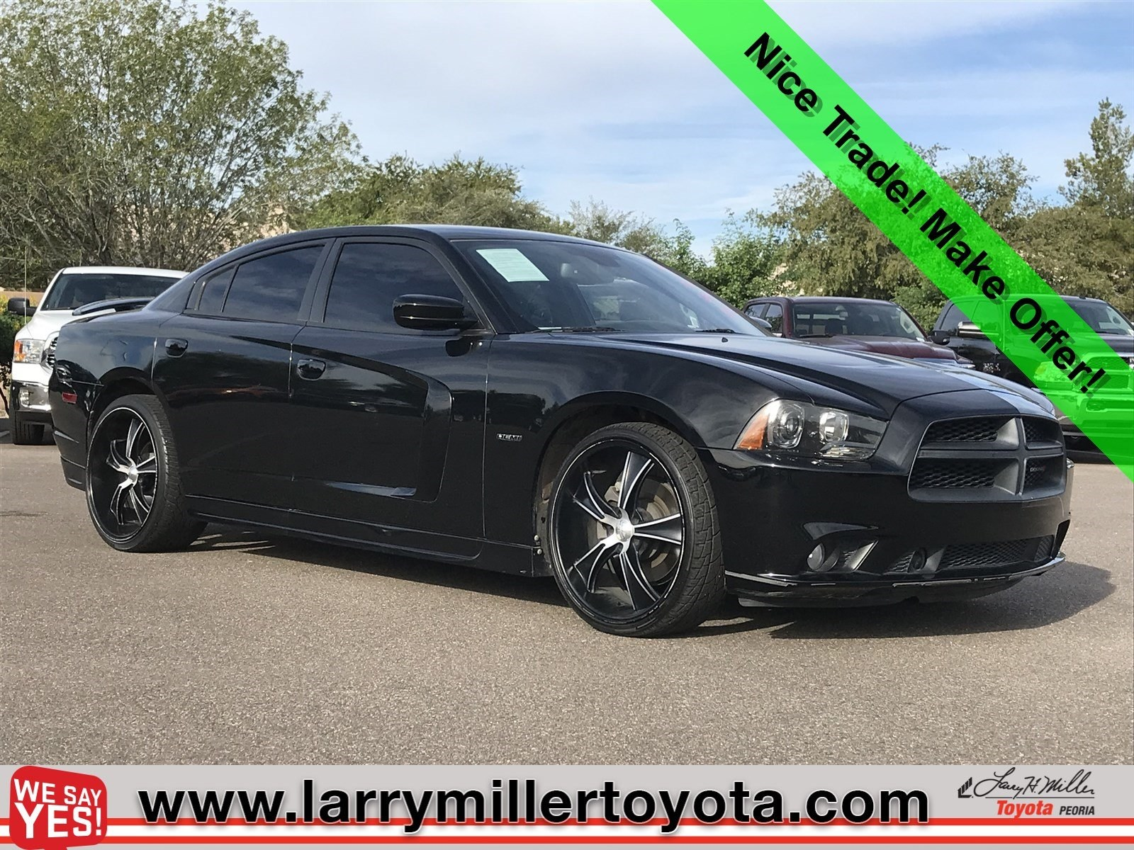 Photo Used 2013 Dodge Charger For Sale  Peoria AZ  Call 602-910-4763 on Stock 82338A