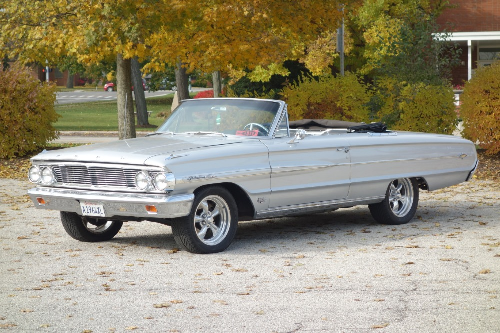Photo 1964 Ford Galaxie -500 XL-CONVERTIBLE- GROUND UP RESTORED - SEE VIDEO