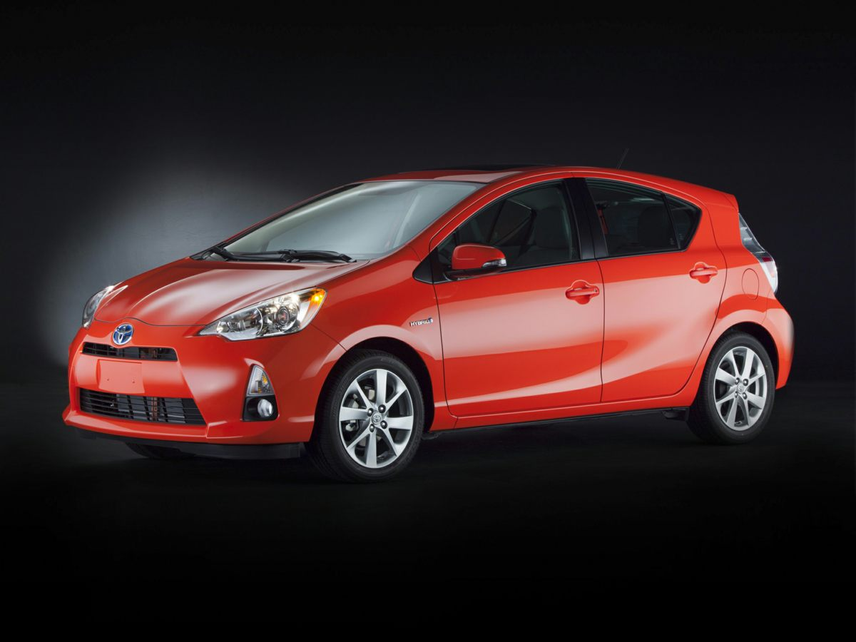 Photo Used 2013 Toyota Prius c Three Hatchback FWD For Sale in Houston