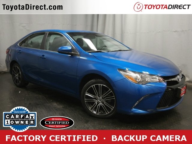 Photo 2016 Toyota Camry SE wSpecial Edition Pkg Sedan Front-wheel Drive