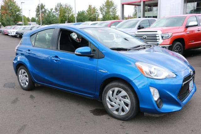 Photo Used 2015 Toyota Prius c 5dr HB Two For Sale Salem, OR