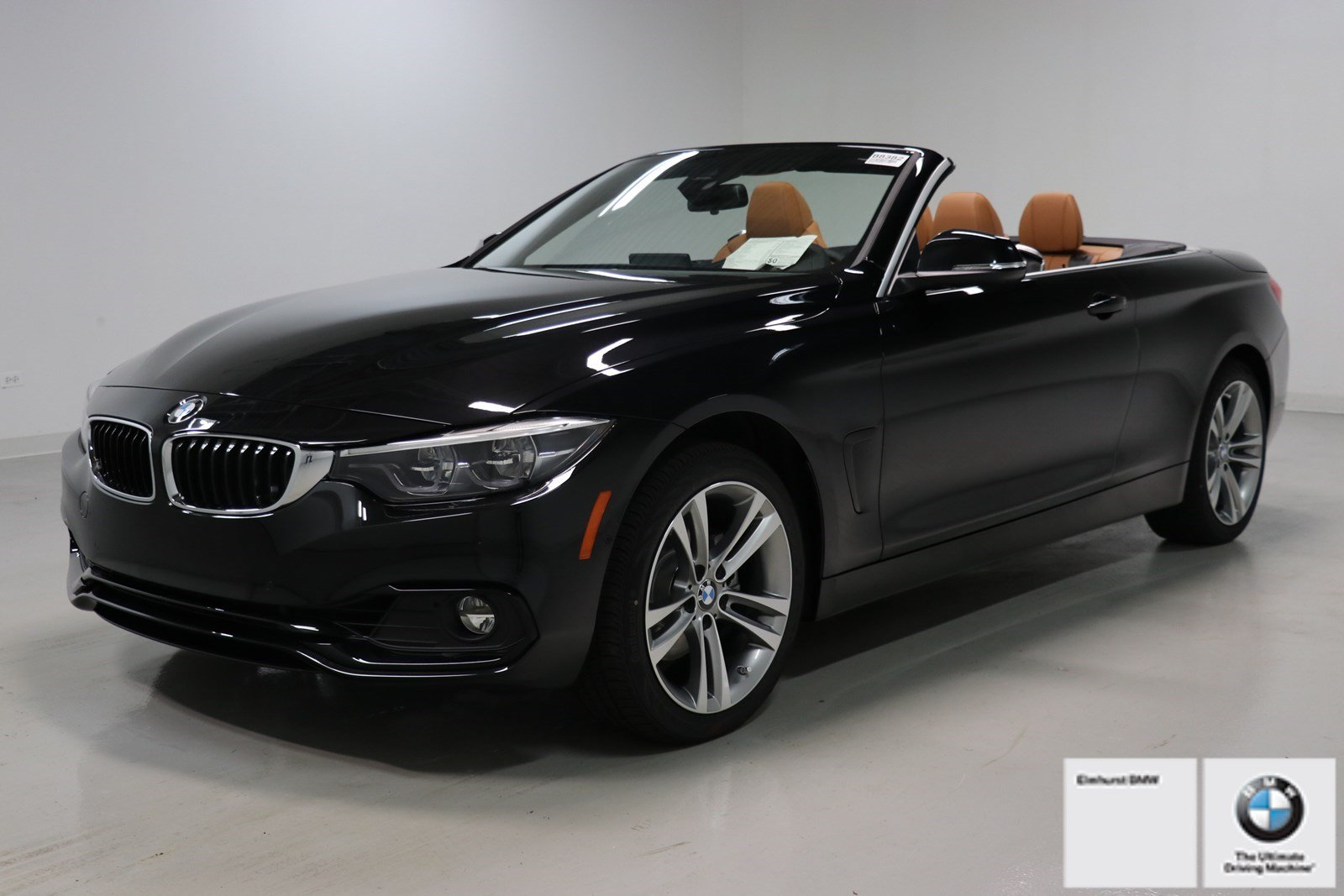 Photo Pre-Owned 2019 BMW 4 Series 430i xDrive Convertible With Navigation
