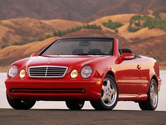 Photo Used 2000 Mercedes-Benz CLK-Class 2DR Cabriolet in Dublin, CA