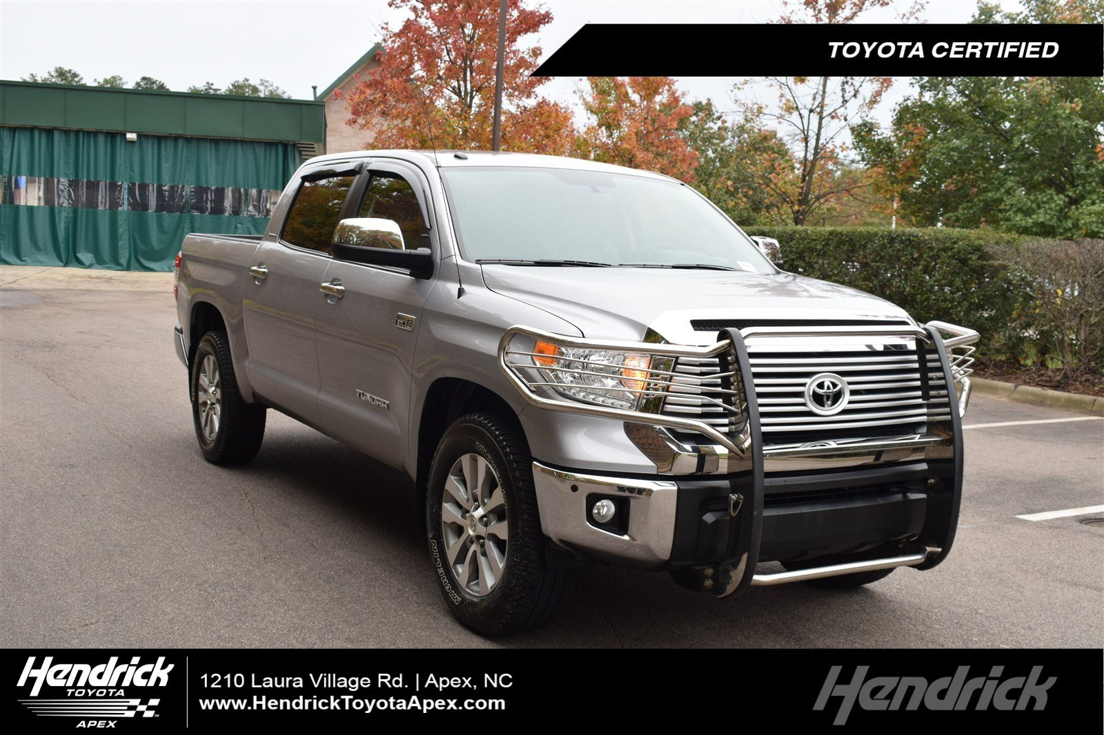 Photo 2017 Toyota Tundra 4WD Limited Pickup in Franklin, TN