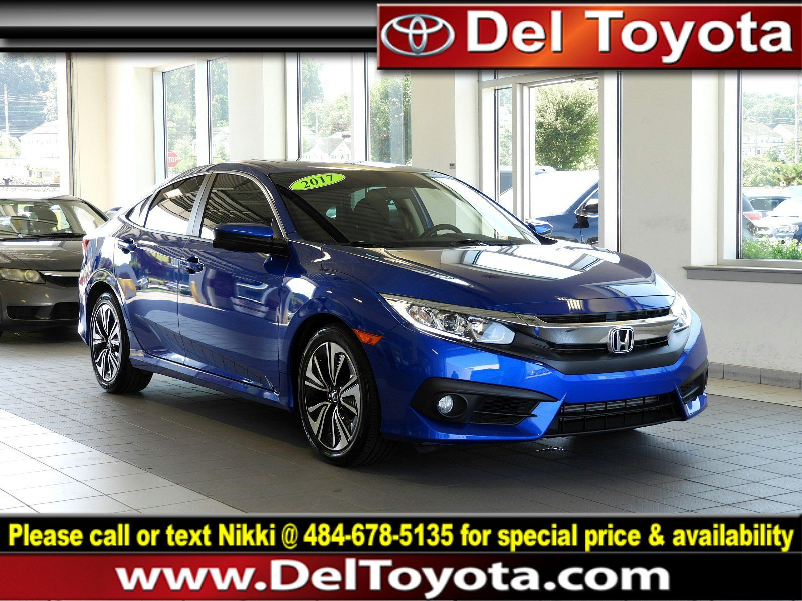 Photo Used 2017 Honda Civic Sedan EX-T For Sale in Thorndale, PA  Near West Chester, Malvern, Coatesville,  Downingtown, PA  VIN 2HGFC1F38HH646615