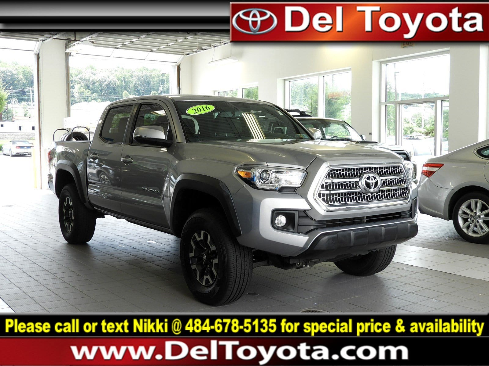 Photo Used 2016 Toyota Tacoma TRD Off Road For Sale in Thorndale, PA  Near West Chester, Malvern, Coatesville,  Downingtown, PA  VIN 3TMCZ5ANXGM008978