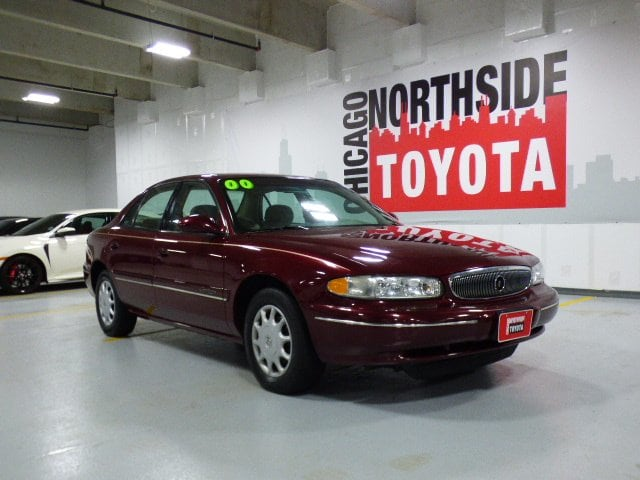 Photo Used 2000 Buick Century Custom For Sale Chicago, IL