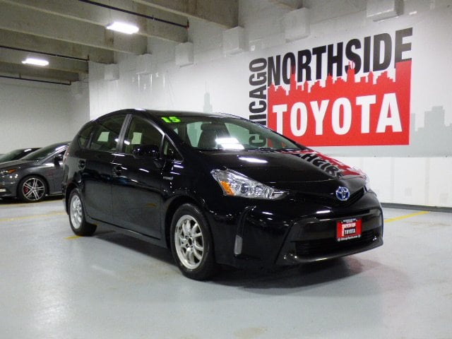 Photo Used 2015 Toyota Prius v Four For Sale Chicago, IL