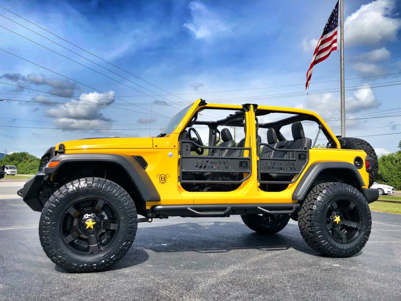 Photo Used 2018 Jeep All-New Wrangler Unlimited HELLAYELLA CUSTOM LIFTED LEATHER HARDTOP DV8 OCD