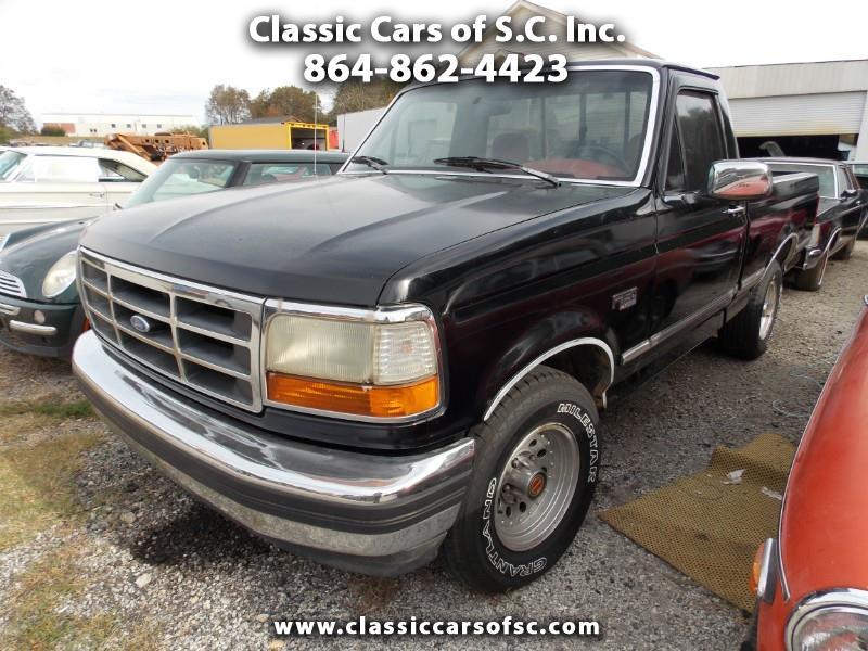Photo 1993 Ford F-150 XL Reg. Cab 2WD