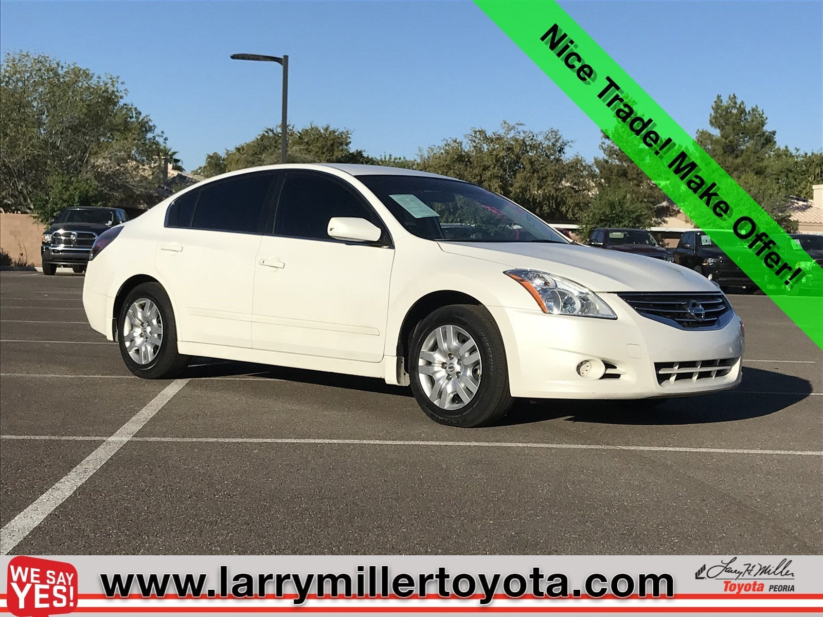 Photo Used 2011 Nissan Altima For Sale  Peoria AZ  Call 602-910-4763 on Stock 89396A