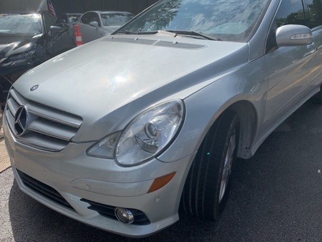 Photo Used 2009 Mercedes-Benz R-Class R 320 in Pembroke Pines, FL  Near Miami  Kendall