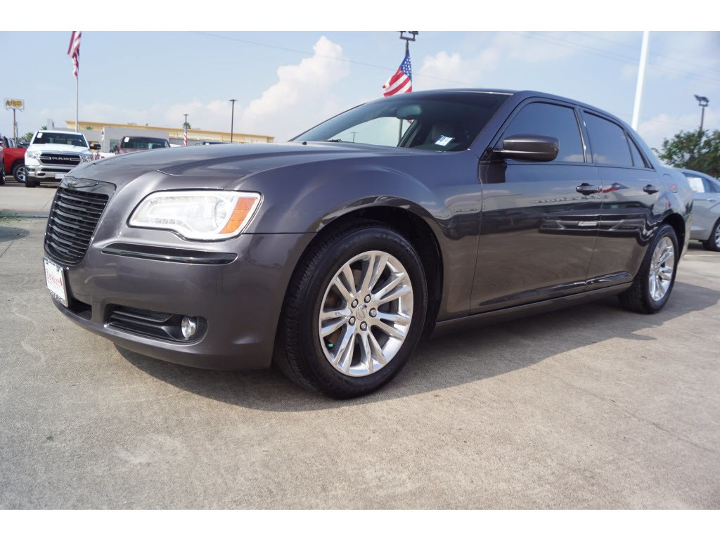 Photo 2014 Chrysler 300 RWD Base Sedan in Baytown, TX Please call 832-262-9925 for more information.
