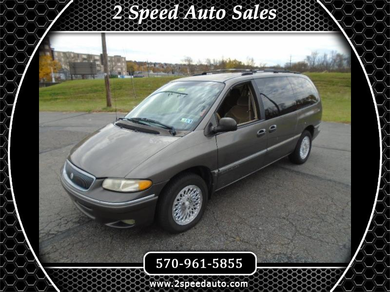 Photo 1997 Chrysler Town  Country LX