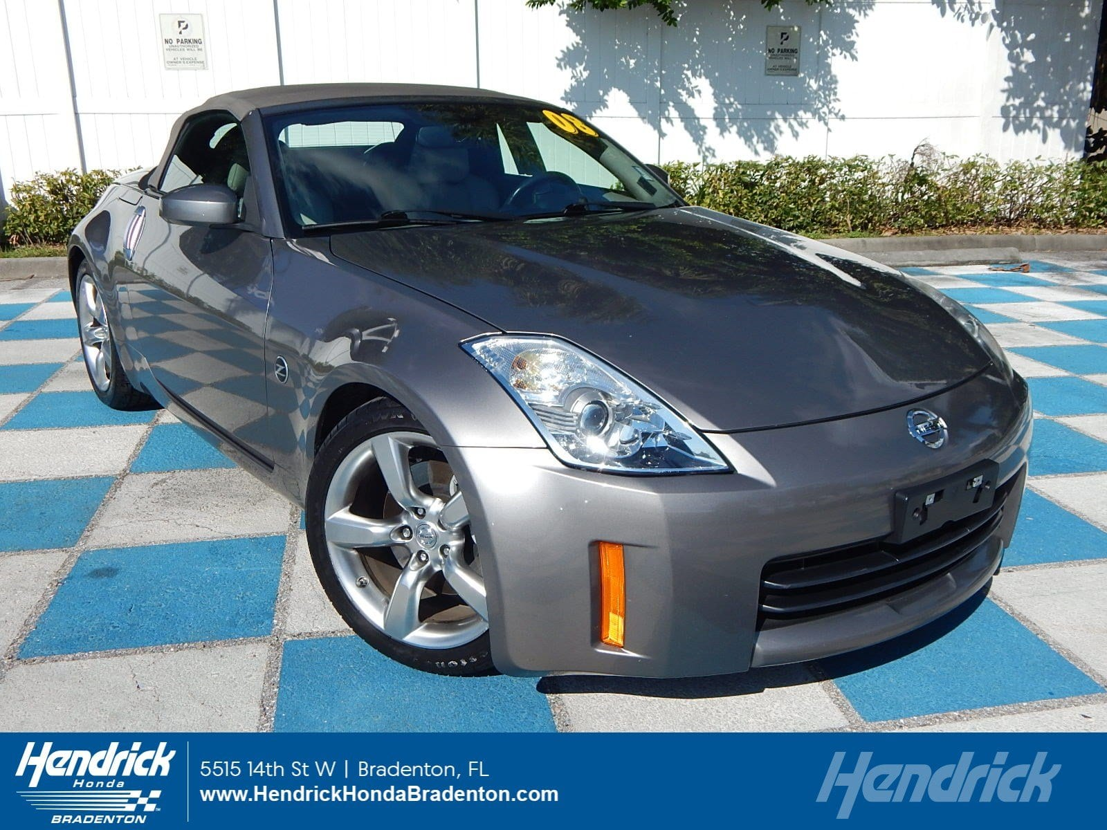 Photo 2008 Nissan 350Z Touring Convertible in Franklin, TN