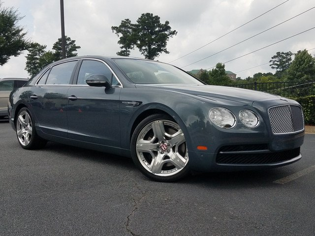 Photo Pre-Owned 2015 Bentley Flying Spur V8 AWD 4dr Car