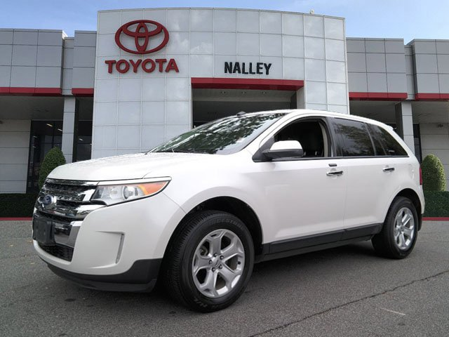 Photo Pre-Owned 2011 Ford Edge SEL AWD Station Wagon