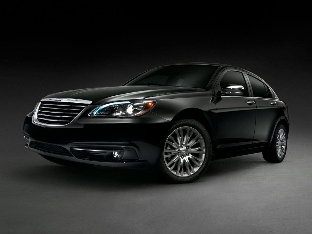 Photo 2014 Chrysler 200 Limited Sedan FWD