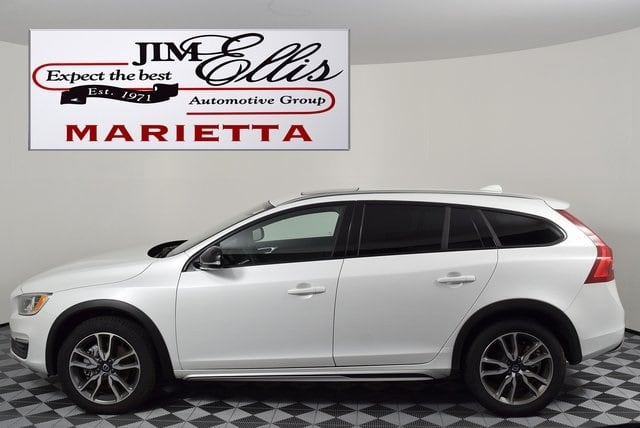 Photo Certified Pre-Owned 2017 Volvo V60 Cross Country T5 Wagon in Marietta