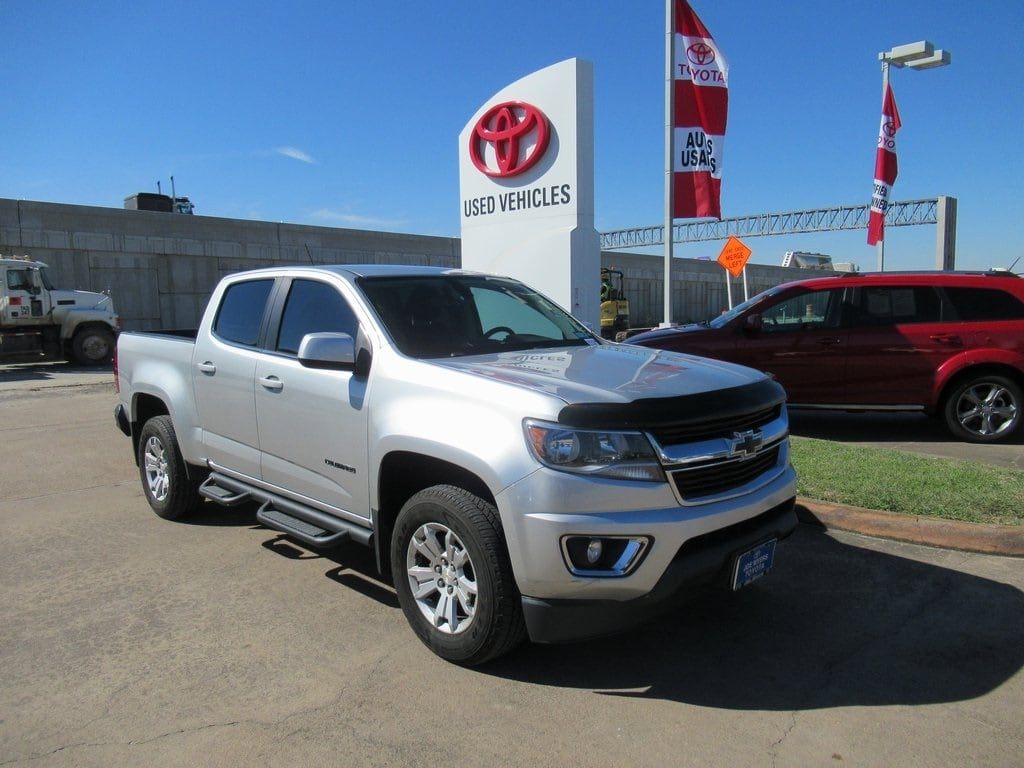 Photo Used 2015 Chevrolet Colorado LT Truck RWD For Sale in Houston