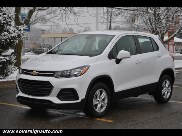Photo 2017 Chevrolet Trax LS AWD for sale in Flushing MI
