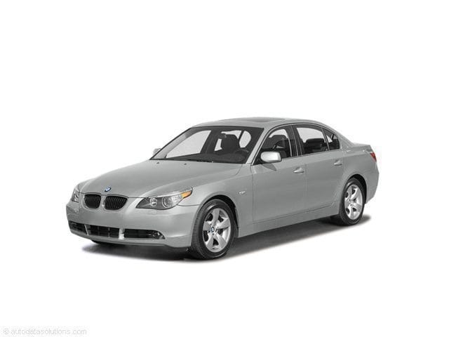 Photo Used 2004 BMW 530i for Sale in Medford, OR