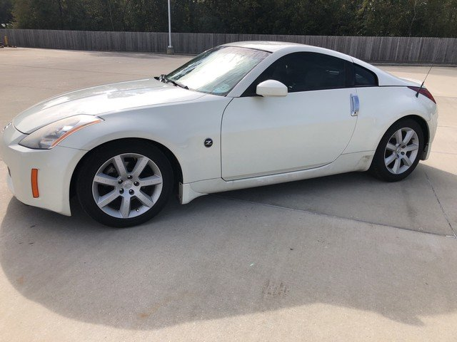 Photo Used 2004 Nissan 350Z Touring Coupe