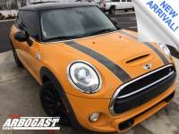 Pre-Owned 2014 MINI Cooper S Base FWD 2D Hatchback