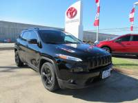 Used 2018 Jeep Cherokee Latitude SUV FWD For Sale in Houston