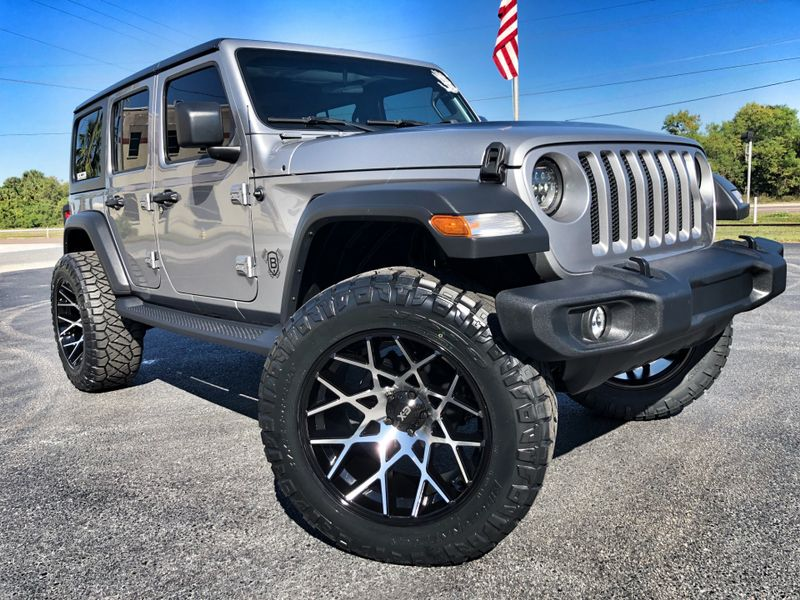 Photo Used 2018 Jeep All-New Wrangler Unlimited CUSTOM LIFTED 24S XD CHOPSTICKS SKYJACKER EVO
