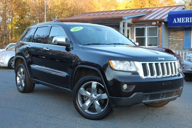 Photo 2011 Jeep Grand Cherokee Overland