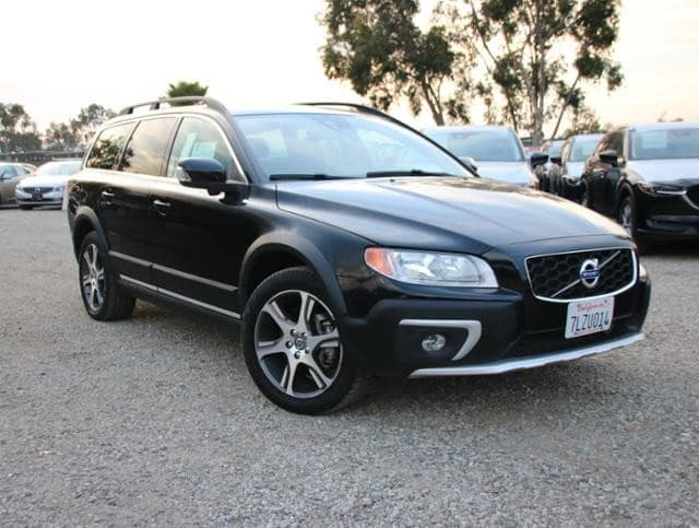 Photo Used 2015 Volvo XC70 T6 2015.5 Wagon in Culver City, CA
