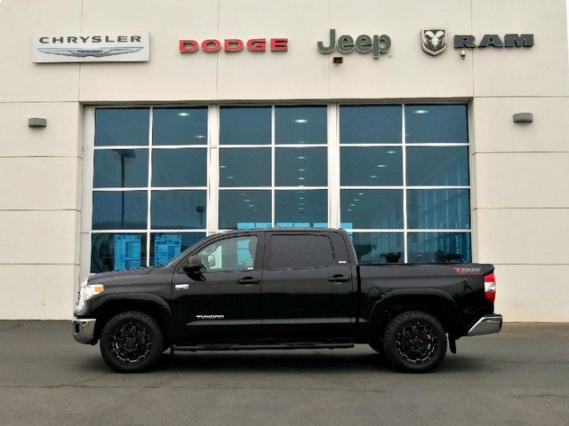 Photo 2016 Toyota Tundra 2WD Truck TSS Off Road