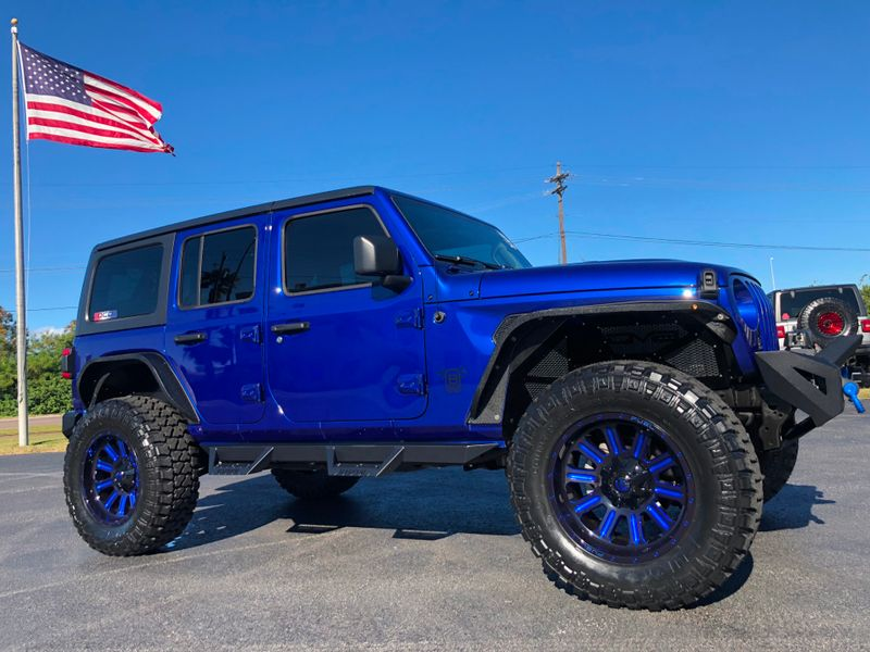 Photo Used 2018 Jeep All-New Wrangler Unlimited OCEAN BLUE CUSTOM LIFTED LEATHER HARDTOP