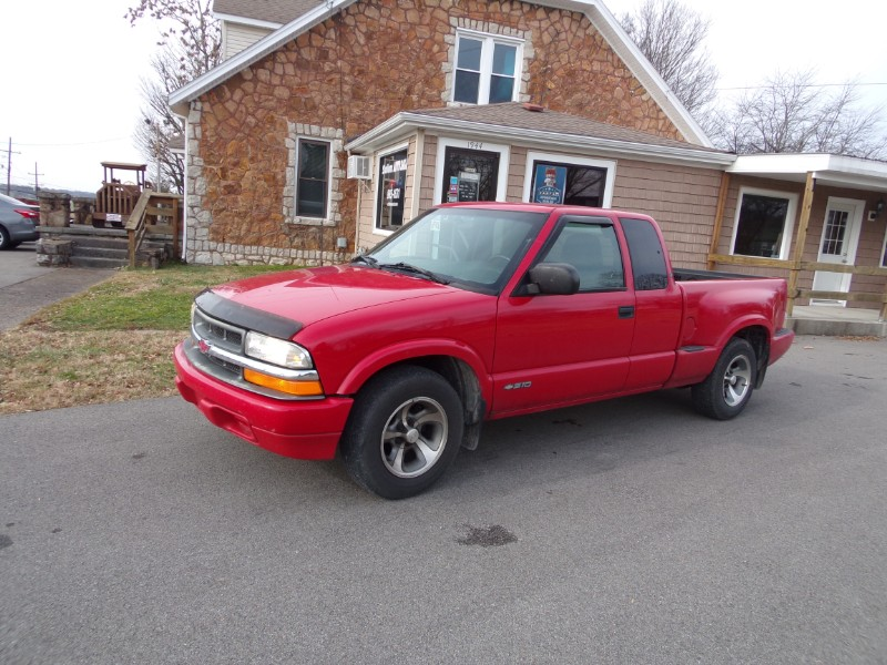 Photo 2001 Chevrolet S10 Pickup Ext. Cab 2WD
