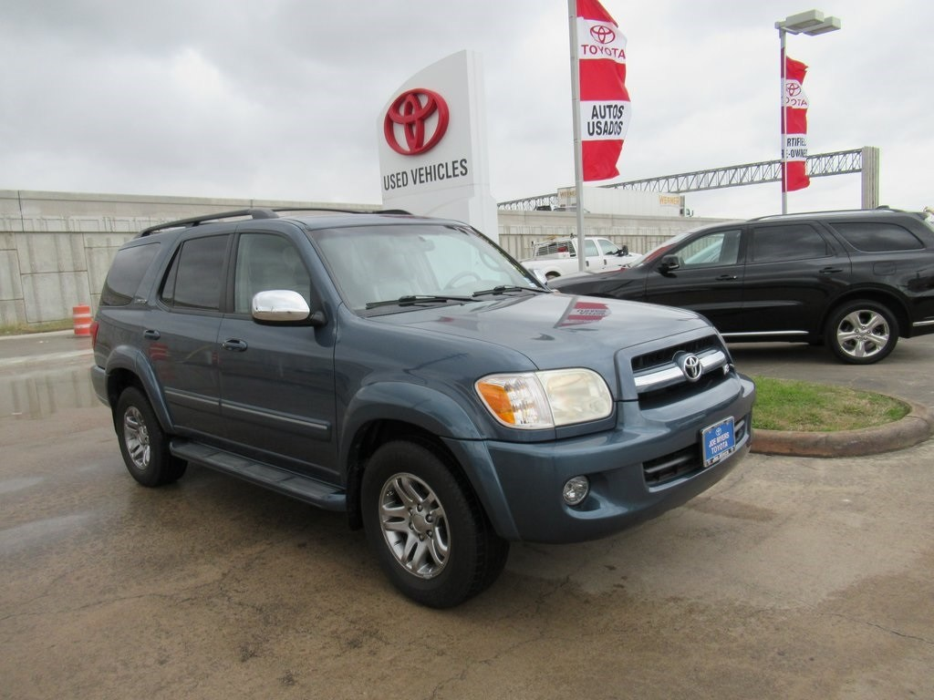Photo Used 2007 Toyota Sequoia Limited SUV RWD For Sale in Houston
