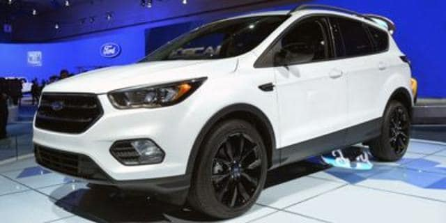 Photo Used 2017 Ford Escape Titanium 4WD in Salem, OR