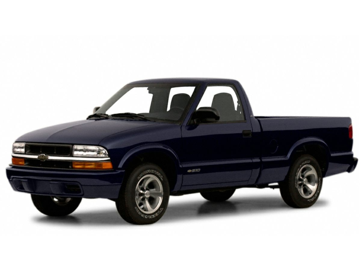 Photo 2001 Chevrolet S-10 Base Truck In Clermont, FL