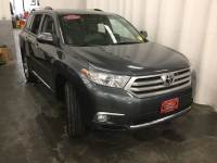Certified Pre-Owned 2013 Toyota Highlander Limited 4WD V6 Limited All-wheel Drive in Hiawatha, IA