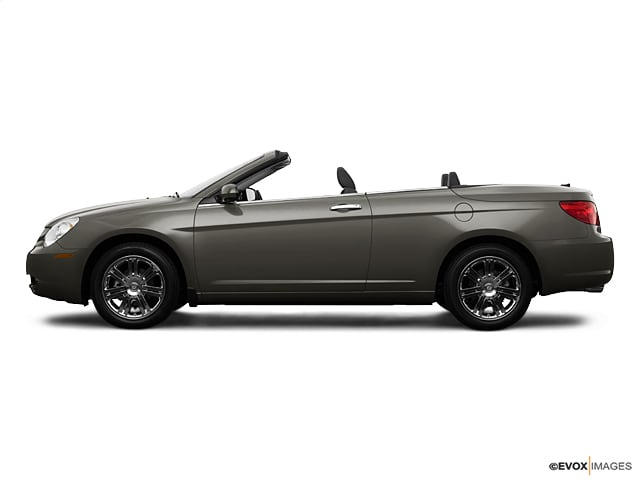 Photo Used 2009 Chrysler Sebring Touring Convertible For Sale Leesburg, FL