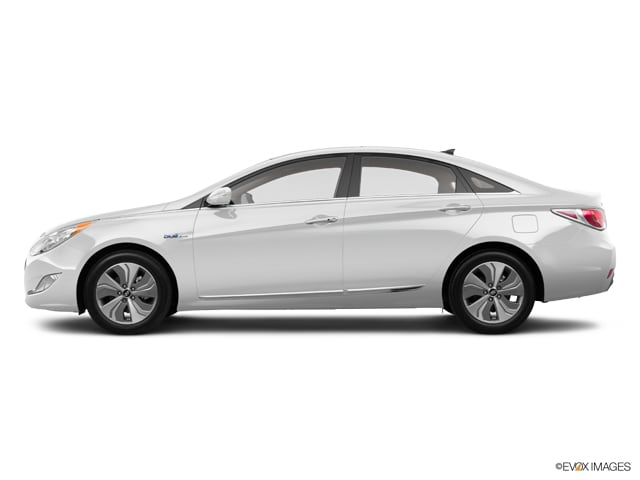 Photo Used 2015 Hyundai Sonata Hybrid Limited Sedan CT in Enfield CT
