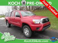 Pre-Owned 2015 Toyota Tacoma SR5 4D Access Cab 4WD