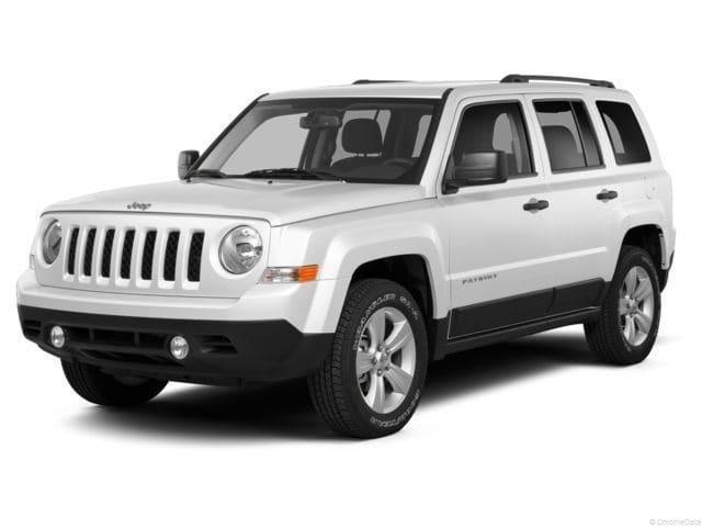 Photo 2014 Jeep Patriot Latitude 4x4 SUV For Sale in Madison, WI
