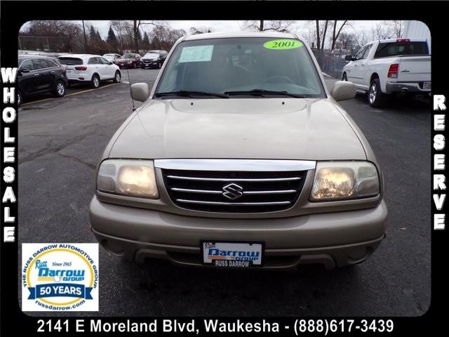 Photo 2001 Suzuki Grand Vitara XL-7 SUV For Sale in Madison, WI